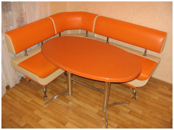 На заказ Кухонный стол «Милан»